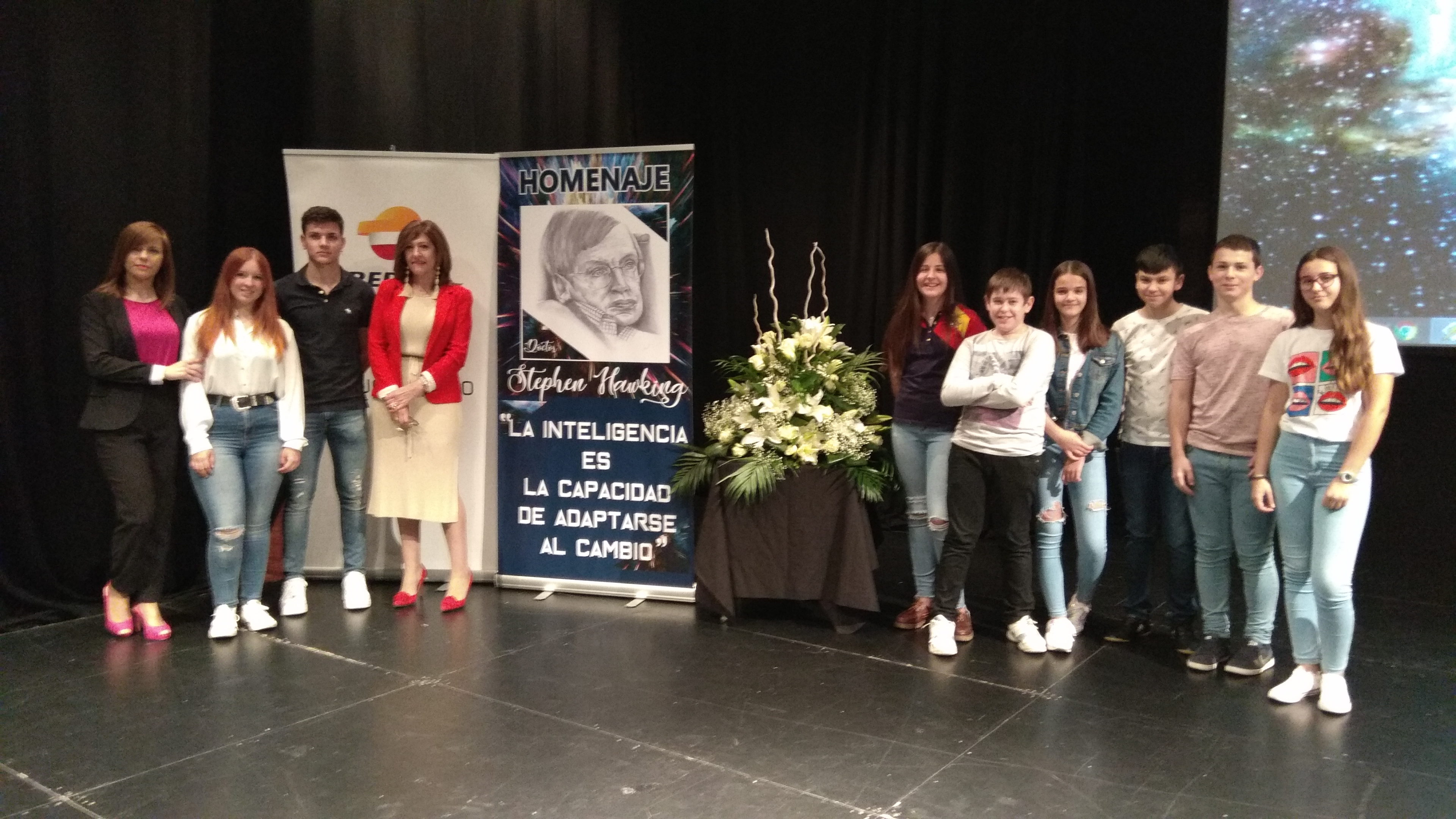 Homenaje a Stephen Hawking del IES Leonardo Da Vinci