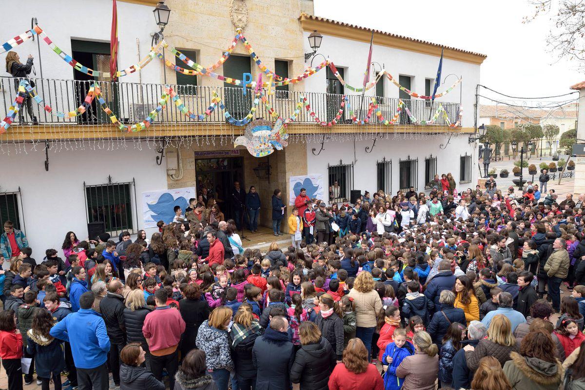 La comunidad educativa de Argamasilla de Alba, por La Paz