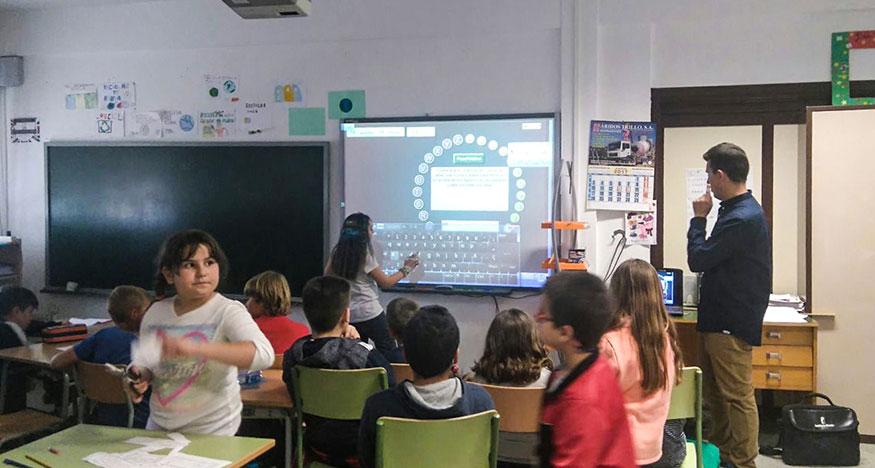 Homenaje a Gloria Fuertes en el Colegio Público Ciudad de Capadocia